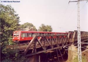 BR 485 auf den Südringkurvenbrücken