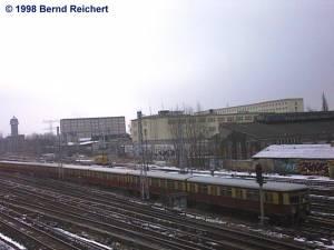 Zug aus Erkner Richtung Warschauer Straße