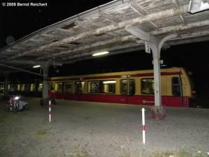 Vorletzter Zug am Bahnsteig A