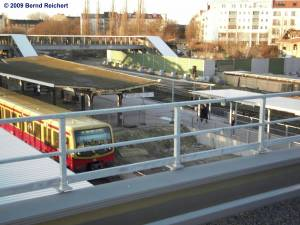 Blick vom neuen Regional-Ringbahnsteig aus zu den unteren Bahnsteigen D und E