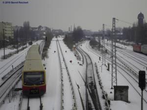 Zug auf der Fahrt von Ostkreuz nach Warschauer Straße