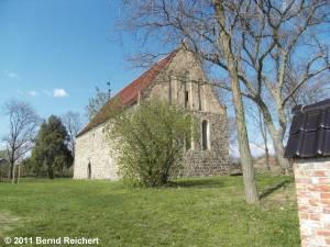 Petershagen (Uckermark), Dorfkirche, aufgenommen am 16.04.2011