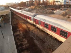 20120322-03 - Überführungsfahrt eines DB-Nachtzuges vom Depot Warschauer Straße (ehemaliges RAW) nach Lichtenberg