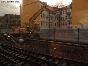 20120329-07 - Einfahrt mit der S-Bahn von Frankfurter Allee kommend