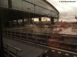 20120329-08 - Einfahrt mit der S-Bahn von Frankfurter Allee kommend