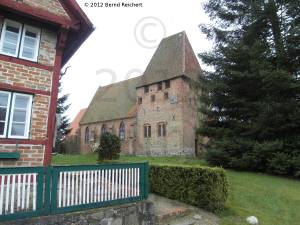 20120404-15 - Kirche in Herrnburg