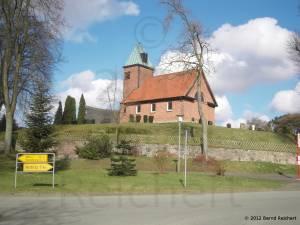 20120405-02 - Kleine Dorfkirche in Salem