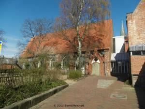 20120406-32 - Lübeck, Griechisch-orthodoxe Kirche, hinter dem Burgkloster