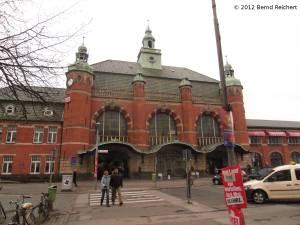 20120407-36 - Lübeck, Empfangsgebäude des Hauptbahnhofs