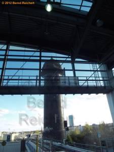 20120416-01 - Ostkreuz - Blick vom neuen Ringbahnsteig zum Wasserturm
