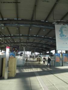 20120416-03 - Ostkreuz - Halle des Ringbahnsteiges