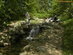 20120430-29 - Britzer Garten - Künstlicher Bach