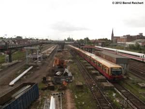 20120511-05 - Warschauer Straße, Blick von der Warschauer Brücke in Richtung zu den Resten des S-Bahnhofs