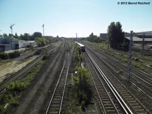 20120526-01 - Blick von der Modersohnbrücke in Richtung zum Ostkreuz