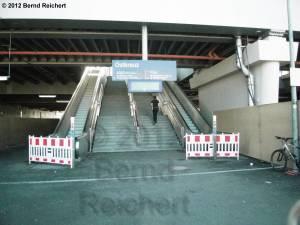 20120526-09 - Ostkreuz, Treppenaufgang zum Ringbahnsteig am Zugang von der Sonntagstraße aus