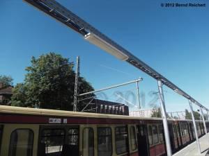 20120526-16 - Ostkreuz, Blick vom Erkner-Bahnsteig auf die 15-kV-Fahrleitung der Fernbahn