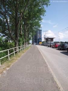 20120804-01 - Annäherung an die Ziegelgrabenbrücke von Stralsund her