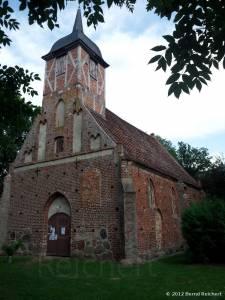 20120804-12 - Landow: Evangelische Dorfkirche