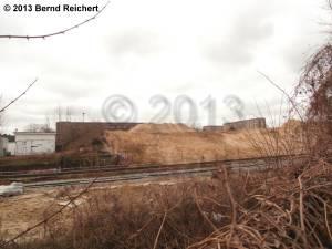 20130303-11 - Reste des Bahnsteig A