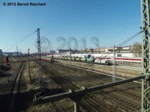 20130304-04 - Gleisschotterzug zwischen der Modersohnbrücke und der Warschauer Brücke