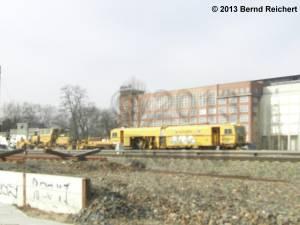 20130307-02 - Gleisbaumaschinen am Bahnhof Treptower Park