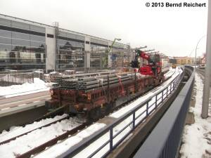 20130322-08 - Ostkreuz, Niederbordwagen zur Materialbereitstellung
